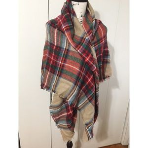 NWOT MODCLOTH Blanket Scarf - plaid